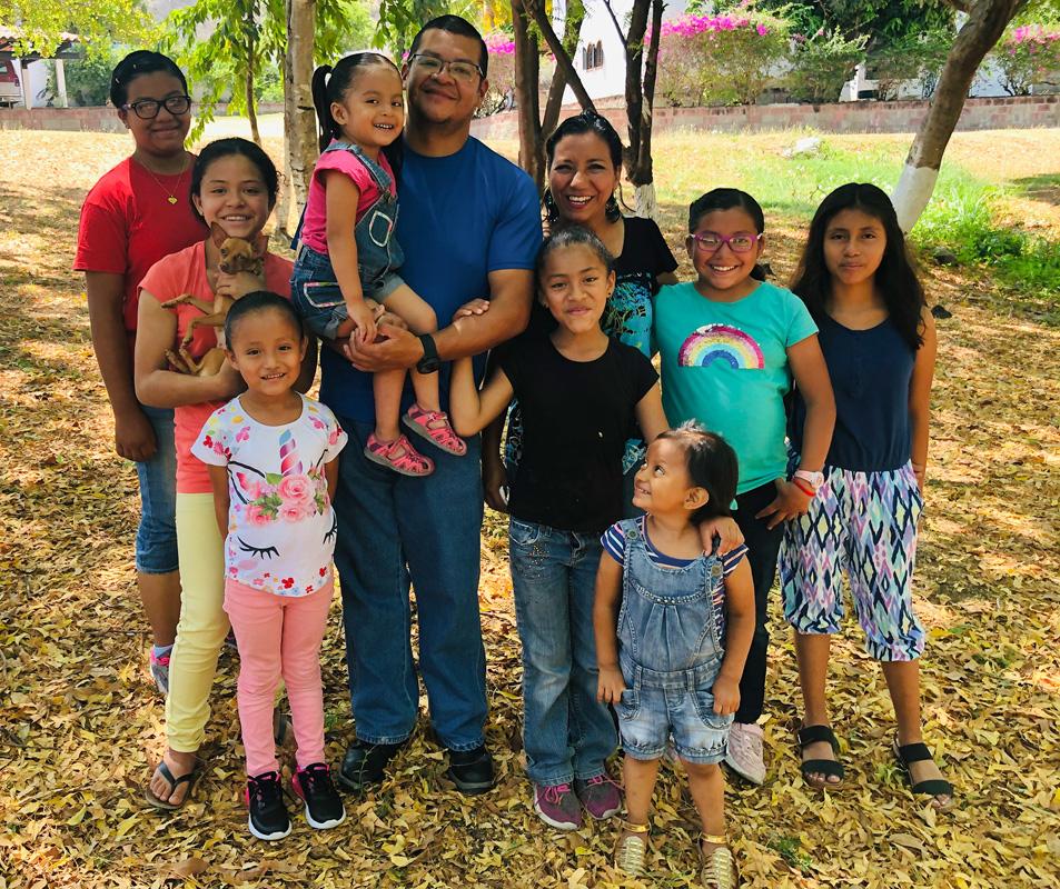 The Quej-Pons Family